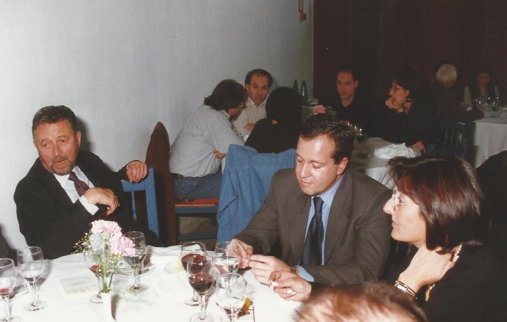Con Alberto Oliart, Trujillo, 2000