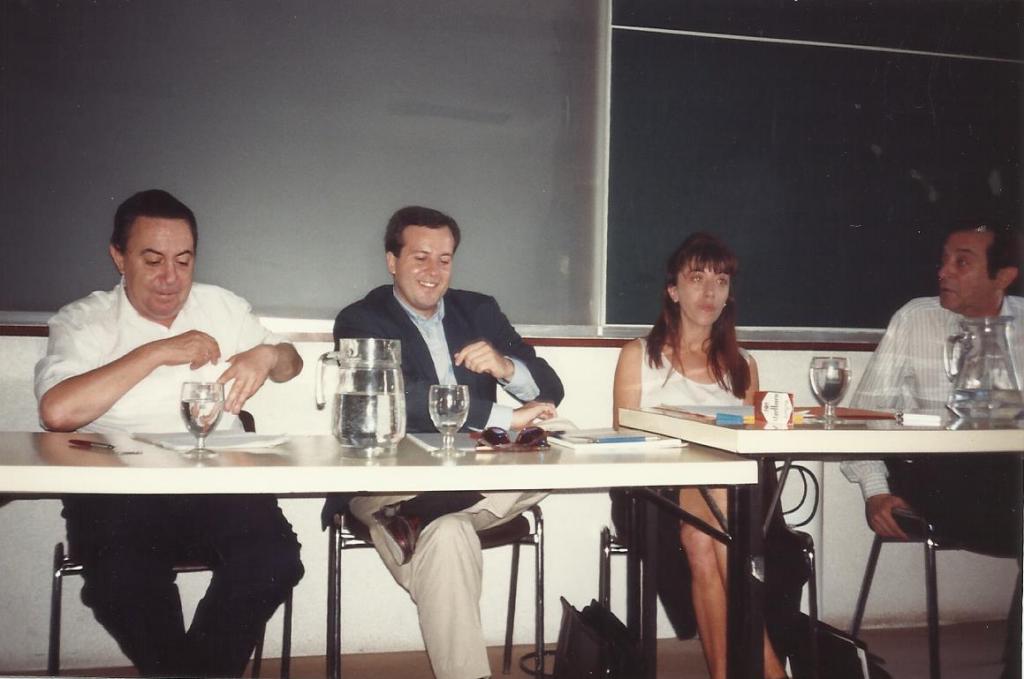 Con Claudio Rodrígez y José Agustín Goytisolo en la Universidad de Alcalá de Henares, 1992