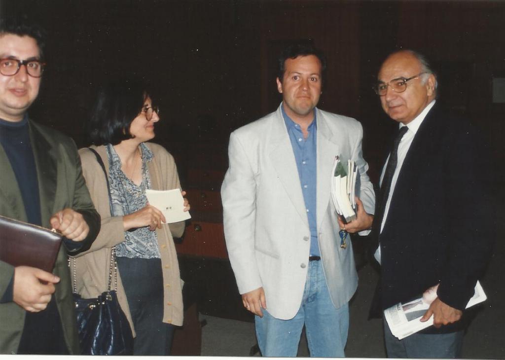 Con Francisco Brines, Julián Rodríguez y Yolanda. Cáceres, 1995