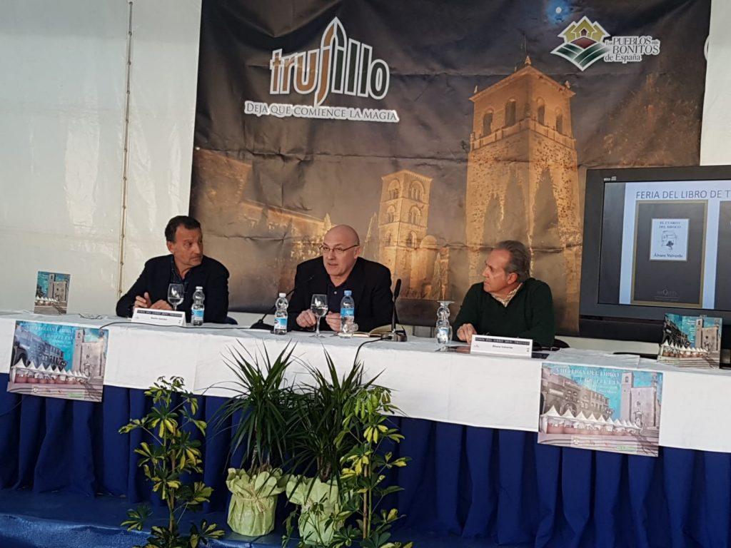 Lectura en Trujillo. Con Basilio Sánchez y M. Á. Lama, 2019